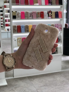 Capa De Pelúcia Premium Samsung