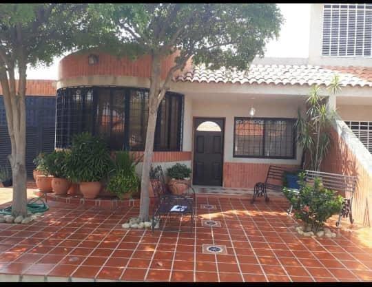 Casas En Venta Maracaibo Ana Karina Gonzalez Amparo