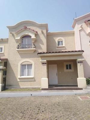 Casa En Renta En Urbi Hacienda Balboa