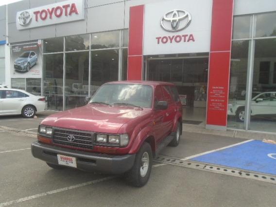 Toyota Land Cruiser. Modelo 1996.