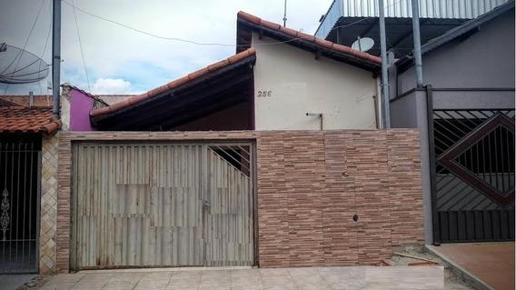 Casa Para Venda No Bairro Foch 2 Em Pouso Alegre. - Cs320l