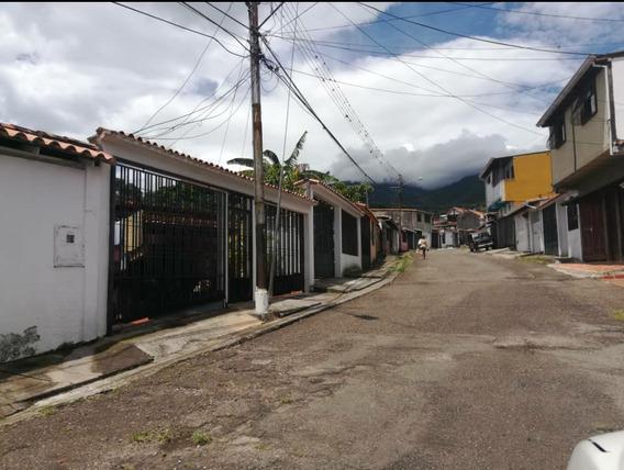 Casa De Un Nivel Calle Del Medio Palo Gordo