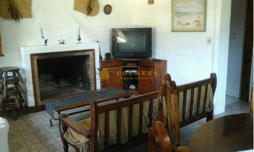 Casa En La Barra, 3 Dormitorios *- Ref: 334