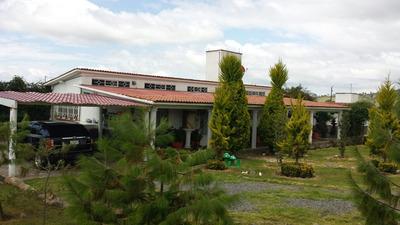 Casa Dos Recamaras Con Baño, Asador Para 50 Personas C/baño