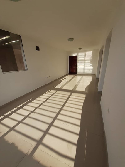 Apartamento. Alquiler. 0426 3270353.