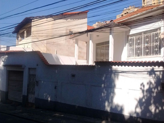 Fonseca, Casa Linear Com Sobradinho Em Anexo Nos Fundos. - Ca00056 - 33134996