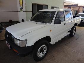 Toyota Hilux 3.0 Dx Cab. Dupla 4x4 4p