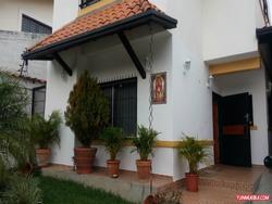 Casa Quinta En Venta Zona Exclusiva De La Mata Rbca-003