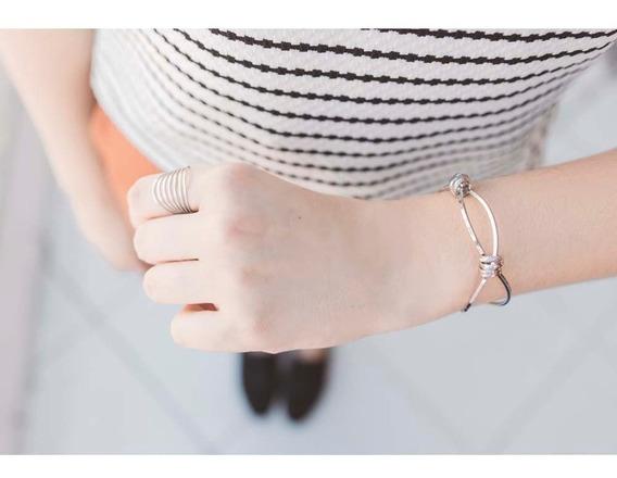 Bracelete Com Detalhes Prateado