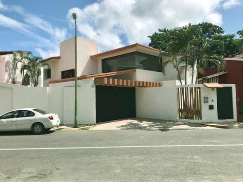 Casa Sola En Renta Fraccionamiento Campestre Tabasco 2000
