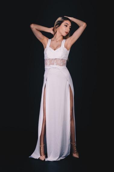Vestido De Novia Sexy Con Tajos Y Moño En La Espalda