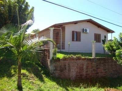 Casa Em Lomba Grande Com 2 Dormitórios - Vr26932