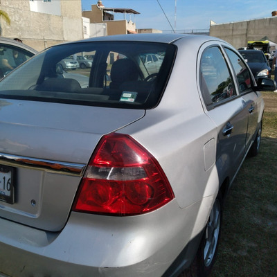 2012 Aveo Equipado Color Plata