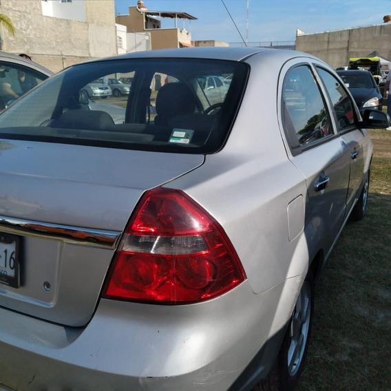 2012 Aveo Equipado Color Plata