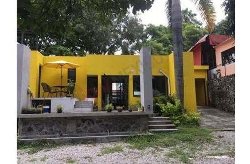 Renta Local Comercial, En Avenida Principal , Acapatzingo, Cuernavaca Morelos Clave: 1513-1558ad