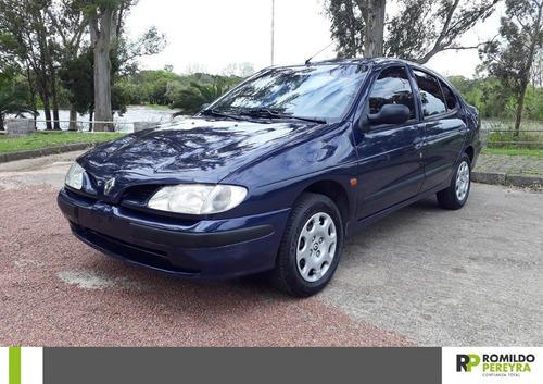 Renault Megane 2.0 Rxe Ab Abs