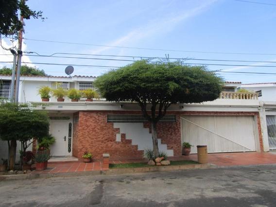 Mls #20-5899 Gaby Vende Casa En Villa Circunvalacion Dos
