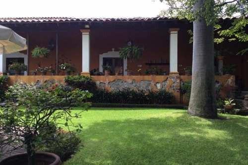 Casa Sola En Cuernavaca Centro / Cuernavaca - Roq-230-cs-553w