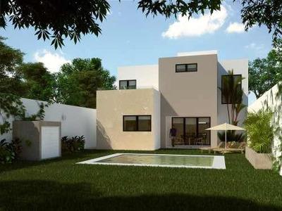 Venta De Casa Residencial Con Piscina En Dzityá, Mérida