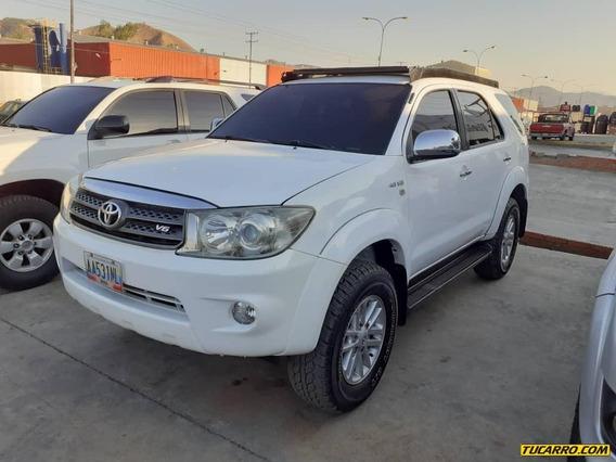 Toyota Fortuner Sr 2010