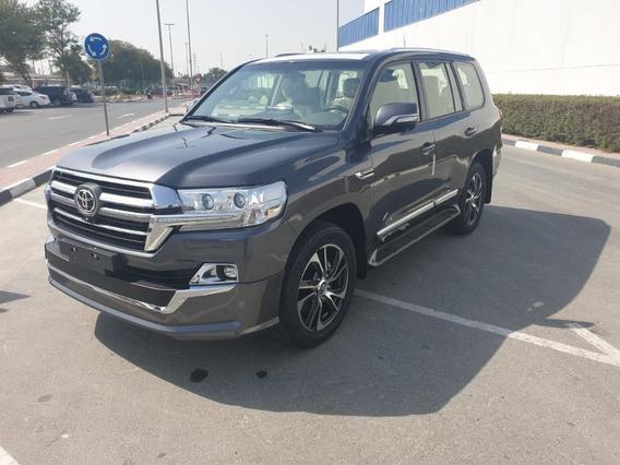 Toyota Land Cruiser 200 Sahara