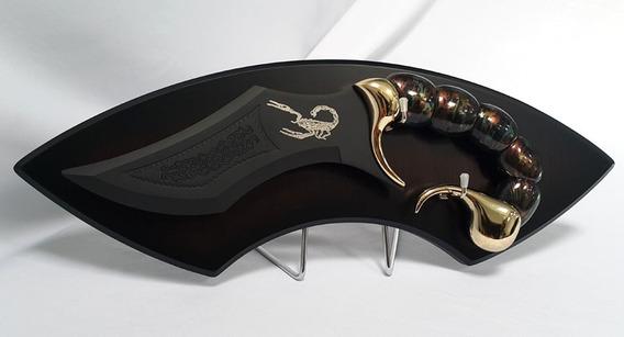 Daga Escorpion Dorado Con Base Golden Scorpion Dagger