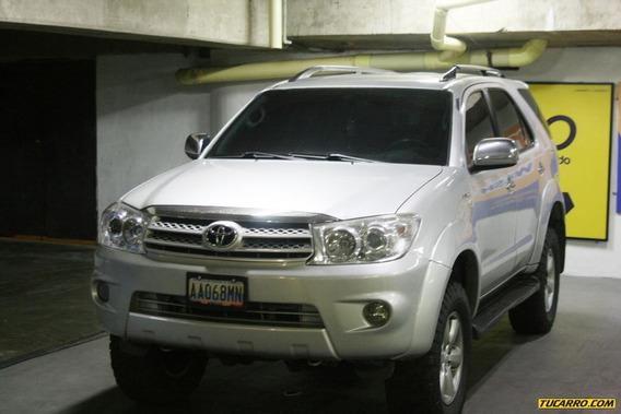 Toyota Fortuner Sr5 3 Filas