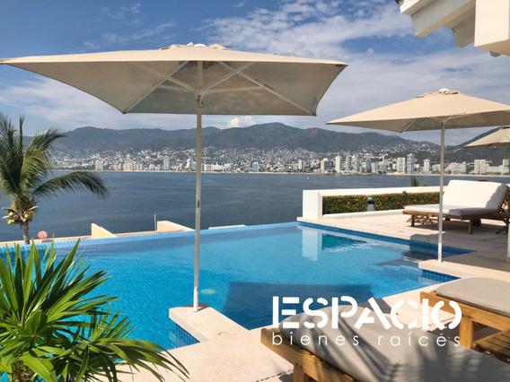 Casa Sola, Frente A La Bahia, 5rec/6wc, Estudio, Infinity Pool, Super Vista.
