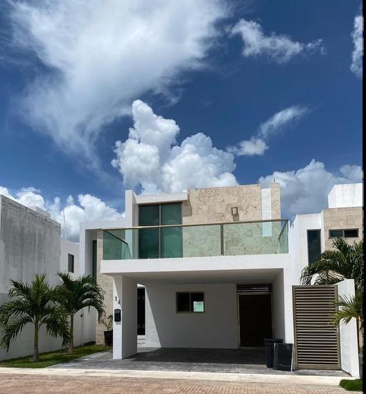 Casa En Venta En Privada En El Norte De Mérida - Santa Gertrudis Copó