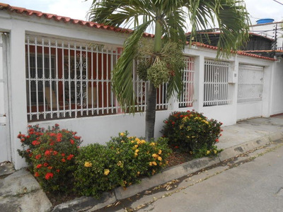 Casa En Venta Urbanismo Residencial Palo Negro.