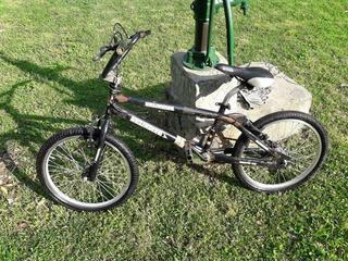 Bicicleta Bmx Negra Muy Buena