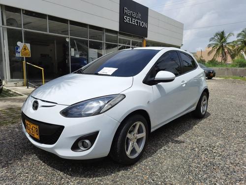 Mazda 2 Automatico 2014