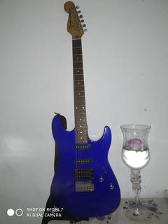 Guitarra Fender Squier Showmaster Y Amplificador