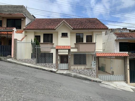 Se Vende Amplia Casa En La Ciudad De Loja