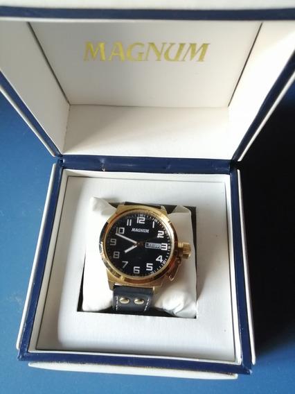 Relógio Masculino Magnum Preto Com Dourado