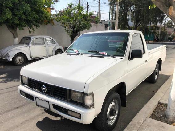 Nissan Pick-up Nissan Caja Larga