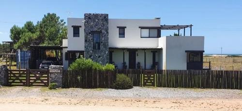 Imagen 1 de 12 de Casa En Alquiler Temporal En Arenas De José Ignacio