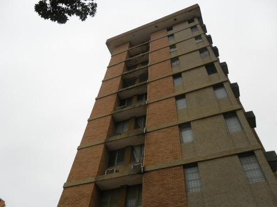 Apartamentos En Venta. Morvalys Morales Mls #19-5478