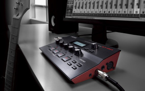 Pedaleira Boss Gt-001 Multi Efeito Desktop Para Guitarra