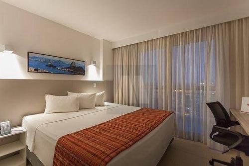 Flat Com 1 Dormitório À Venda, 29 M² Por R$ 149.000,00 - Imbetiba - Macaé/rj - Fl0002