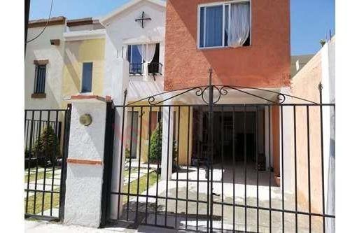 Casa En Venta $1,600,000 En Zona Sur, Fracc. Real Toledo Fase Iii, Pachuca, Hidalgo.