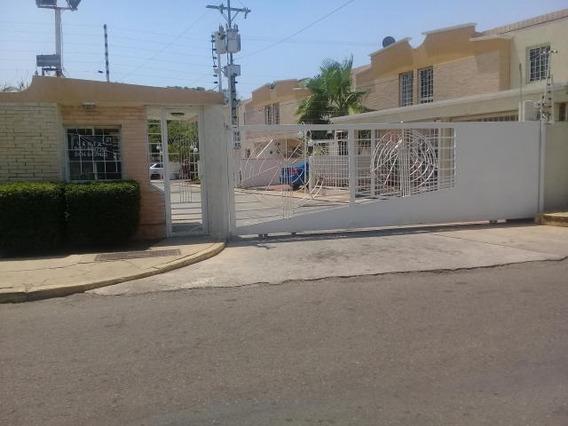 Towmhouse En Venta Villa Arboleda Mls #20-10990 N M