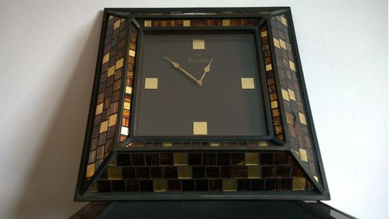 Bulova Reloj De Pared