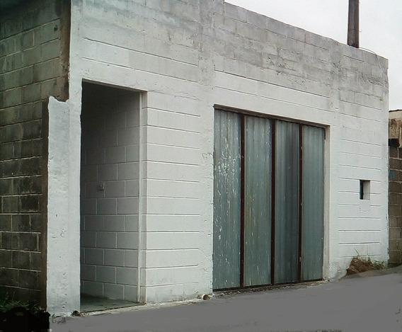 Vendo Casa Em Itanhaém No Jd. Coronel Na Rua Da Lira.