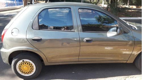 Celta Spirit 1.0 - 4 Portas - Ano 2010 - Modelo 2011