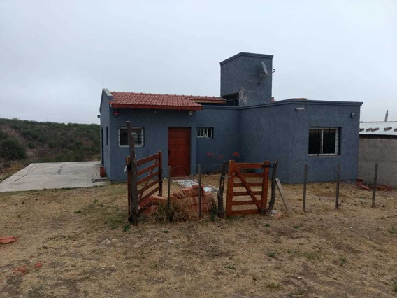 Casa En La Zona De Mina Clavero Zona Arroyo De Los Patos Alquiler Por Día $ 2500