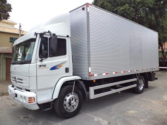 Caminhão Mb 1718 2011/2012 Bau