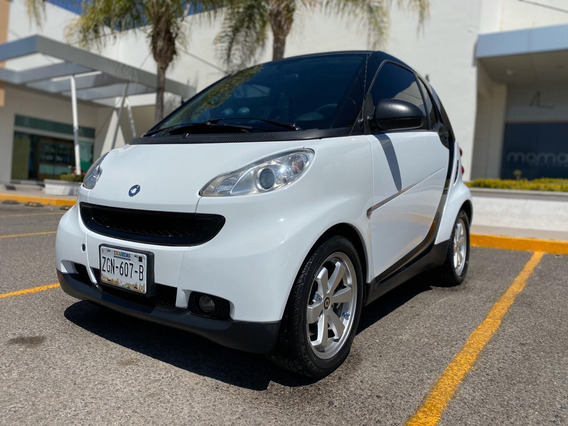 Smart Fortwo Coupe Black & White