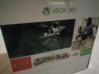 Xbox 360 Slim Modelo E Con 1 Joystick Y 21 Juego