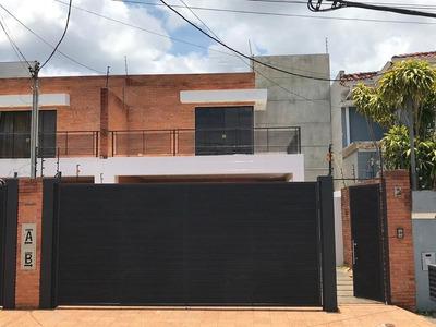 Alquilo Casa En Barrio Ykua Sati Cod 2743